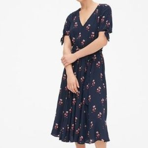 GAP Tie-Sleeve Midi Dress